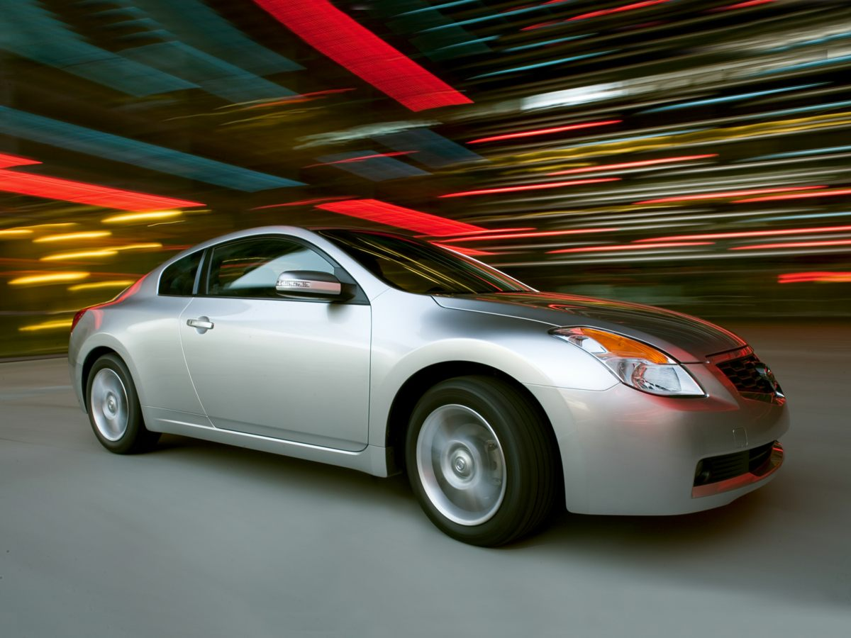 Pre-Owned 2008 Nissan Altima 3.5 SE