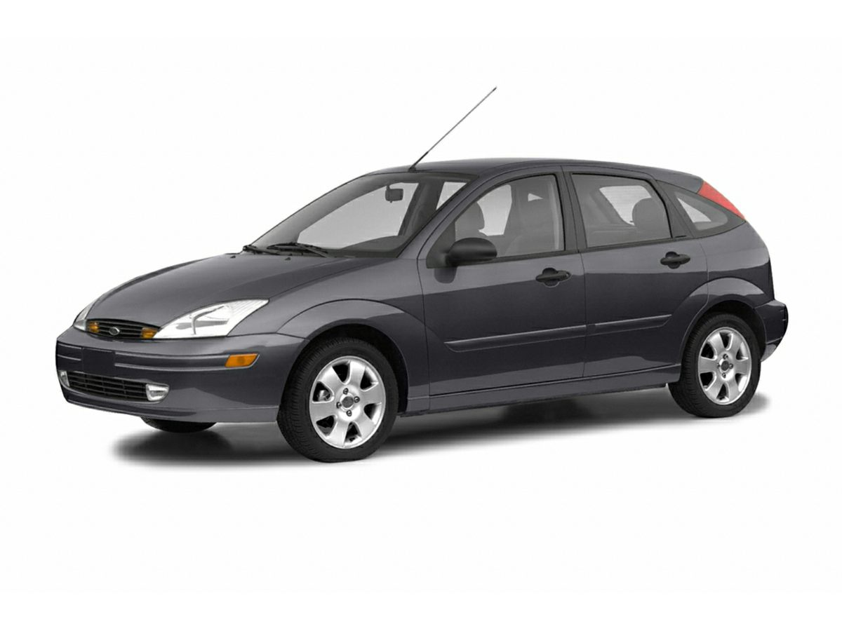 Pre-Owned 2004 Ford Focus ZX5