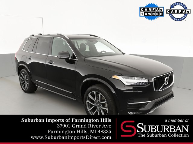 Pre-Owned 2017 Volvo XC90 T6 Momentum